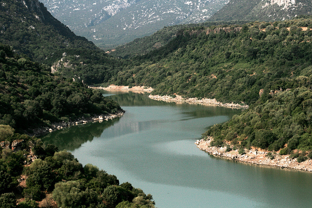 Prenota Pasqua 3 giorni con escursione sul fiume Cedrino
